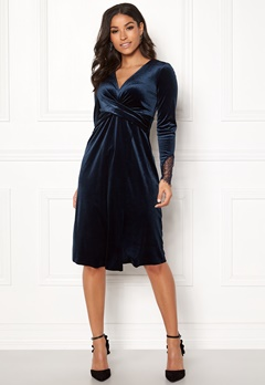 Happy Holly Leonora velour dress Dark blue Bubbleroom.dk
