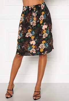 Happy Holly Lina beach skirt Black / Floral Bubbleroom.dk