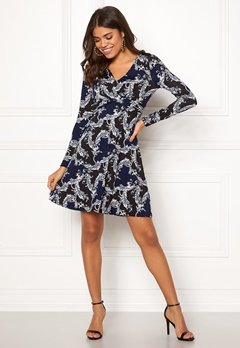 Happy Holly Marlene dress Dark blue / Patterned Bubbleroom.dk