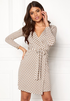 Happy Holly Millie wrap dress Sand / Offwhite Bubbleroom.dk