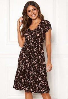 Happy Holly Scarlett dress Black / Patterned Bubbleroom.dk