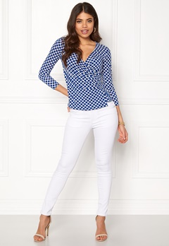 Happy Holly Stella top Blue / Offwhite Bubbleroom.dk