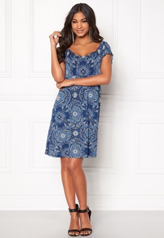 Happy Holly Tessan dress Medium blue / Paisley Bubbleroom.dk