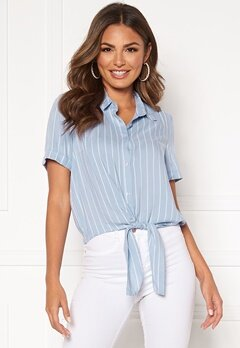 Happy Holly Vilma knot shirt Light blue / Striped Bubbleroom.dk