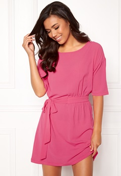 ICHI Asti Dress 16669 Shocking Pink Bubbleroom.dk