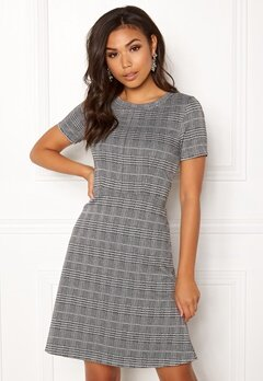 ICHI Kate Check Dress Checked Black Bubbleroom.dk