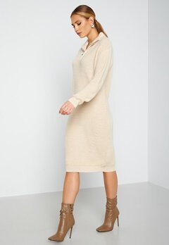ICHI Novo Knitted Dress 121403 Tapioca bubbleroom.dk