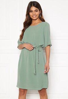 Jacqueline de Yong Amanda 2/4 Belt Dress Chinois Green Bubbleroom.dk