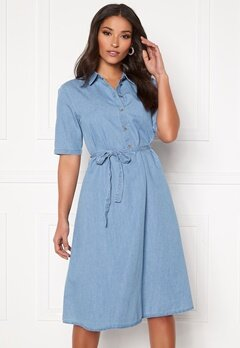 Jacqueline de Yong Roger 2/4 Below Knee Shirt Light Blue Denim Bubbleroom.dk