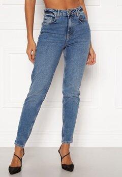 Pieces Leah Mom HW Jeans Medium Blue Denim Bubbleroom.dk