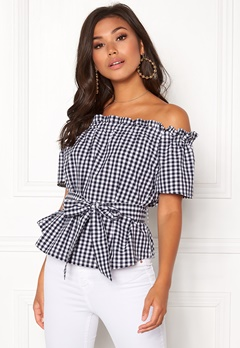 Make Way Kassey off shoulder top Black / White / Checked Bubbleroom.dk