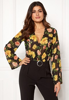Make Way Winona body Floral / Black Bubbleroom.dk