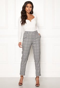VERO MODA Maya MR Loose Check Pant Black Checks: White Bubbleroom.dk