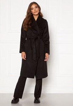 Moa Mattsson X Bubbleroom Pointy collar coat Black Bubbleroom.dk