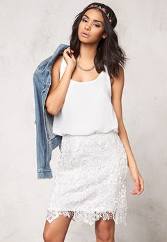Model Behaviour Emma Dress White Bubbleroom.dk