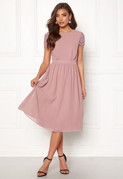 Moments New York Camellia Chiffon Dress Dark old rose Bubbleroom.dk