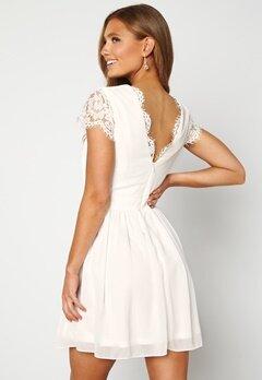 Moments New York Camellia Lace Dress White Bubbleroom.dk