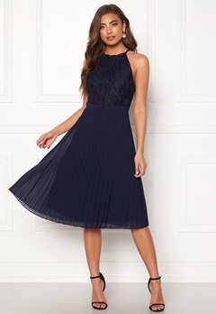 Moments New York Casia Pleated Dress Navy Bubbleroom.dk