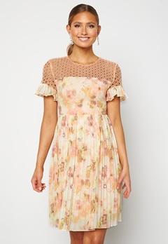 Moments New York Dana Chiffon Dress Floral bubbleroom.dk
