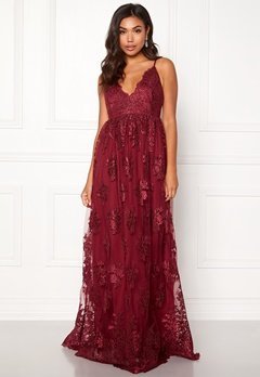 Moments New York Gardenia Lace Gown Dark wine-red Bubbleroom.dk