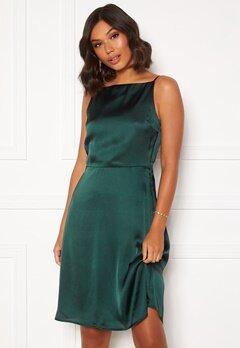 Moments New York Laylani Satin Dress Dark green Bubbleroom.dk