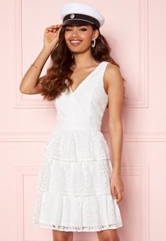Moments New York Lemonie Lace Dress White Bubbleroom.dk