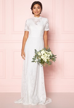 Moments New York Magnolia Wedding Gown Offwhite Bubbleroom.dk