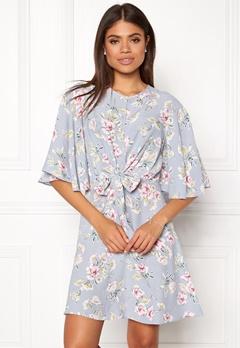 New Look Frances Floral Knot Dress Light Grey Bubbleroom.dk