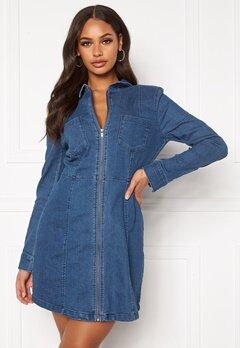 Noisy May Lisa Denim Zip Dress Medium Blue Denim Bubbleroom.dk