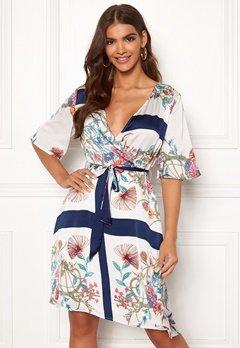 OBJECT Sasli S/S Dress Gardenia/Scarf Print Bubbleroom.dk