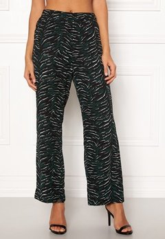 OBJECT Tiger MW Loose Pant Pine Grove Bubbleroom.dk