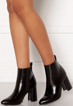ONLY Brodie Pu Heeled Boot Black Bubbleroom.dk