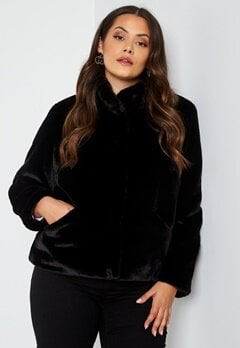 Only Carmakoma Vida Faux Fur Jacket Black bubbleroom.dk