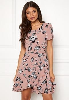 b6e92f42c009 ONLY Nova Lux Frill Dress Adobe Rose Flower Bubbleroom.dk