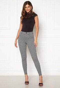 ONLY Taylor Check Leggings Black AOP:houndtooth Bubbleroom.dk