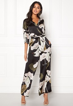 OBJECT Pantheon 3/4 Jumpsuit Black/Big Floral Bubbleroom.dk