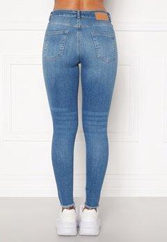 Pieces Delly Cropped Jeans Light blue denim Bubbleroom.dk