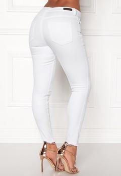 Pieces Five Delly B300 MW Jeans Bright White Bubbleroom.dk