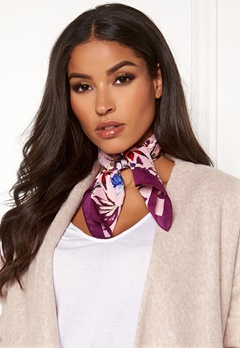 Pieces Jessica Square Scarf Candy Pink Bubbleroom.dk