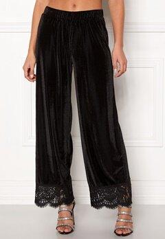 Pieces Kera MW Cropped Pants Black Bubbleroom.dk