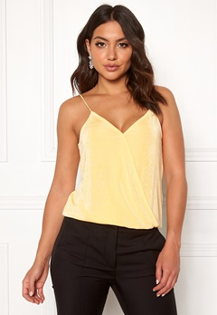 Pieces Marissa Wrap Slip Top Mellow Yellow Bubbleroom.dk