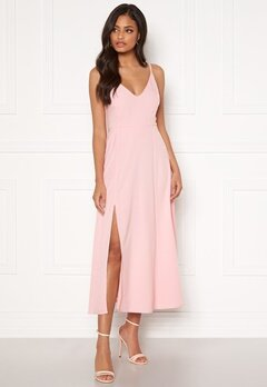 Sandra Willer X Bubbleroom Slit dress Light pink Bubbleroom.dk