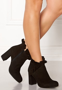 SARGOSSA Flourish Suede Boots Black Bubbleroom.dk