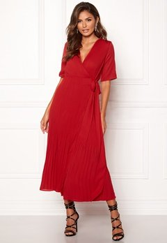 SELECTED FEMME Piper 2/4 Wrap Dress True Red Bubbleroom.dk