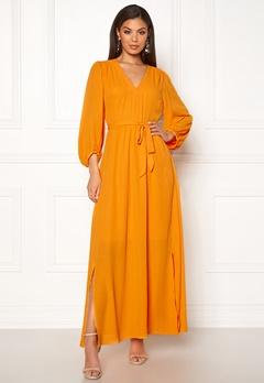 SELECTED FEMME Zix 3/4 Maxi Dress Radiant Yellow Bubbleroom.dk