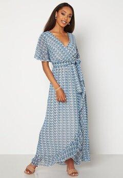 Sisters Point Gush Dress 116 Cream/Blue Bubbleroom.dk