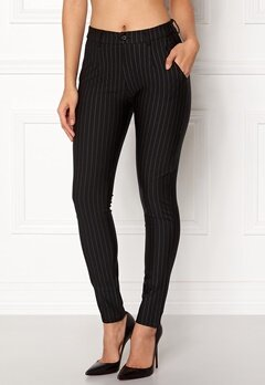 Sisters Point New George-5 Pants Black/Pinstripe Bubbleroom.dk