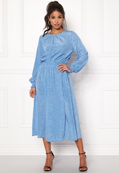 7776c4b4092f Sisters Point Vie Dress 400 Blue White Bubbleroom.dk