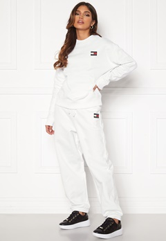 TOMMY JEANS Relaxed Badge Sweatpant White Bubbleroom.dk
