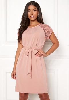 50682da67d3d VERO MODA Alberta S S Lace Dress Misty Rose Bubbleroom.dk